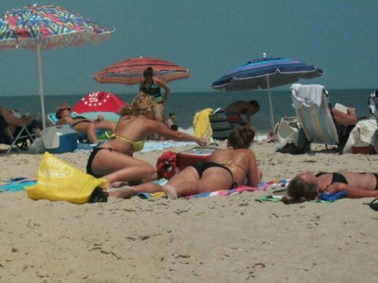 Dewey Beach, DE: DARN PEOPLE KEEP GETTING IN THE WAY!
