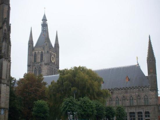 Ieper (Ypres), Belgia: Ypres town centre
