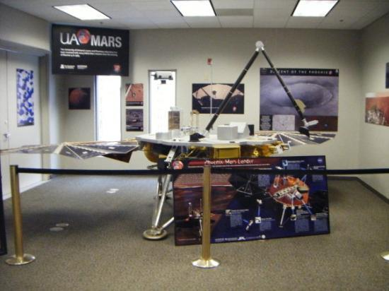 Biosphere 2 - model of the mars lander