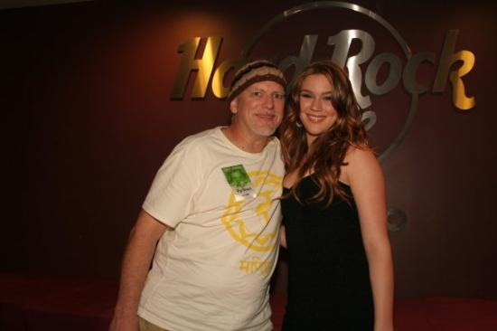 Hard Rock Live: This was a great concert and a great night.  Joss is a wonderful person!  It was great to get to