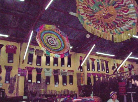 Mercado de Artesanias : Bariletes, Kites
