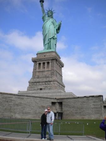 нью-йорк фото статуя свободы