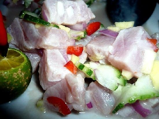 Bluejaz Beach Resort & Waterpark : My love affair with kinilaw (fresh tuna soaked in vinegar) began on Samal