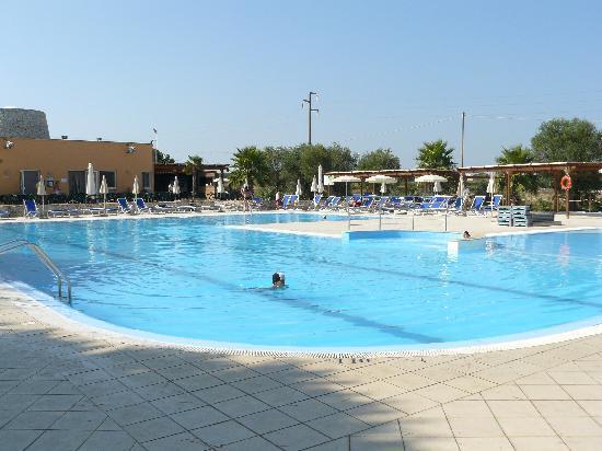 Dolmen Sport Resort: la piscine