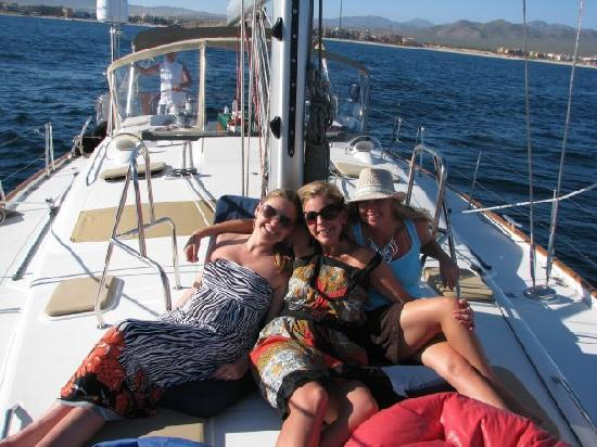Day Sail Cabo: Relaxin on the sail