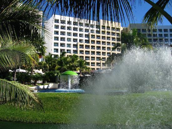 The Grand Mayan at Vidanta Nuevo Vallarta: hotel from pool area