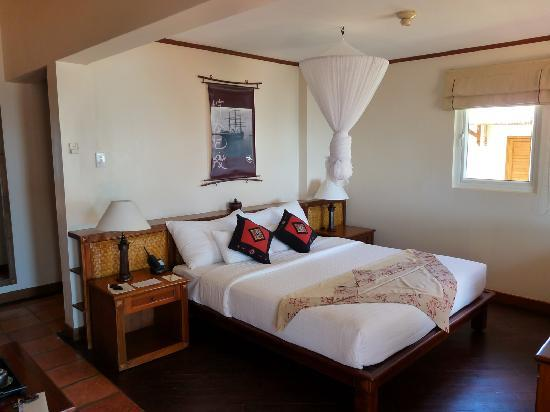 Victoria Phan Thiet Beach Resort & Spa: Une chambre spacieuse