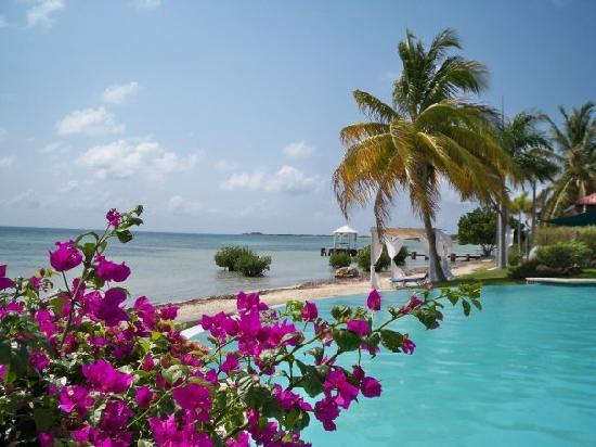 Grand Bahi-a Ocean View Hotel: lovely