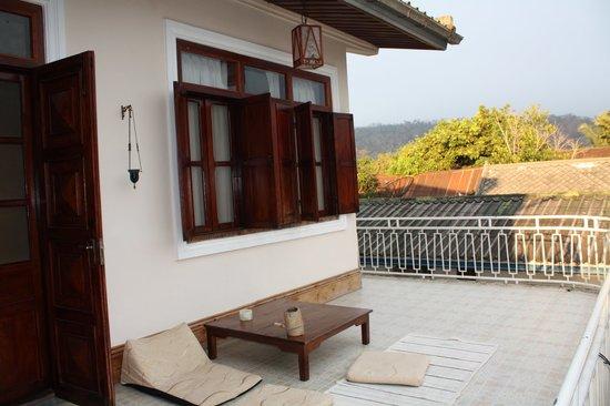 Guesthouse Manichan: Patio