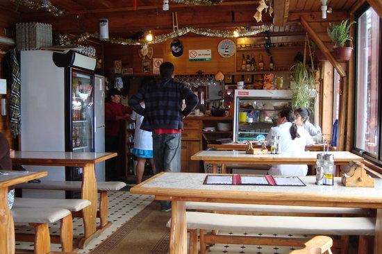 Restaurant y Cocineria El Apa: interior del local