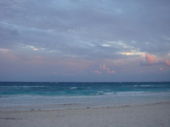 Playa Mambo: the beach at playa mombo... no photoshopping!!!