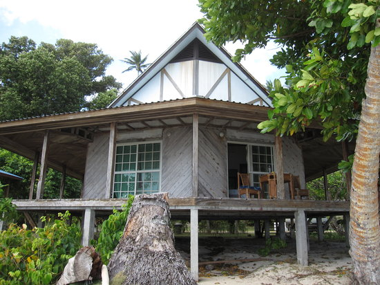 Village View Hotel: One of the duplex bungalows