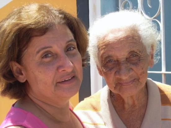 Canavieiras, BA: Hortencia and her mom