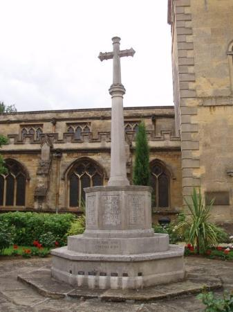 Woodstock, UK: another WWI&II monument