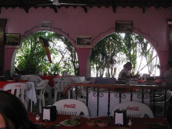 La Casa de Tere: Dining area