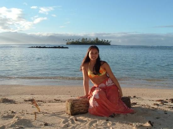 """Posing on the beach in Moorea with """"Gilligan's Island"""" in the back"""