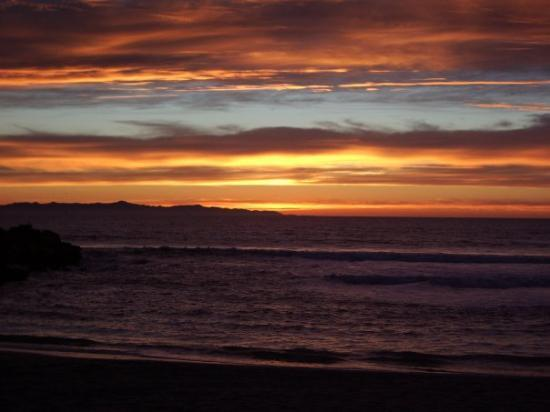 Ventura, Californië: Just another beautiful sunset  Greenock Ln.  No place like it!