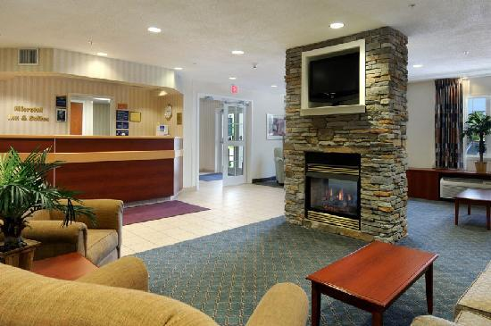 Microtel Inn & Suites by Wyndham Middletown : Guest Reception