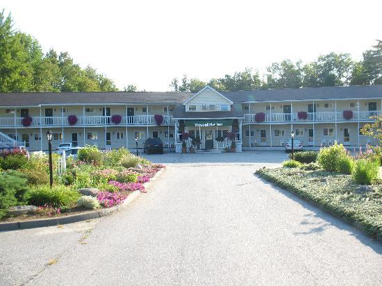 Wilson Lake Inn: The Inn