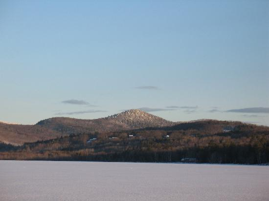 Wilson Lake Inn: Mountains Across Frozen Lake