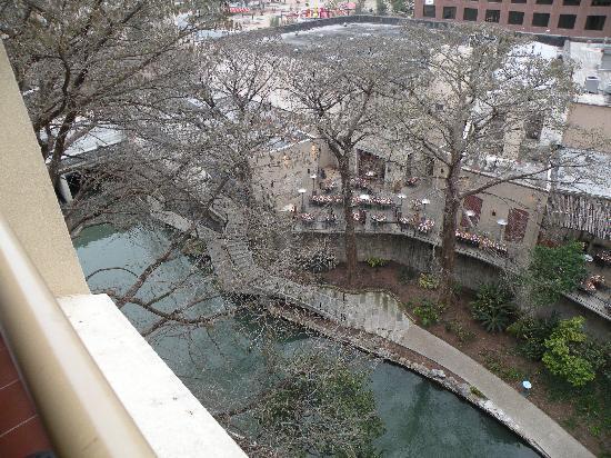 Hotels On The Riverwalk San Antonio Tx With Balcony