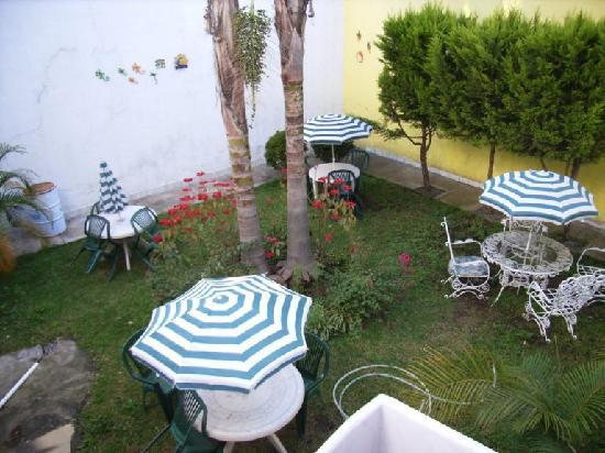 Posada San Pablo: courtyard