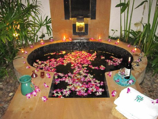 Banyan Tree Phuket: Intimate Moments- Our outdoor garden tub