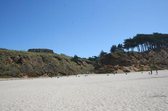 Pajaro Dunes Condominiums & Resort: Il resort visto dalla spiaggia