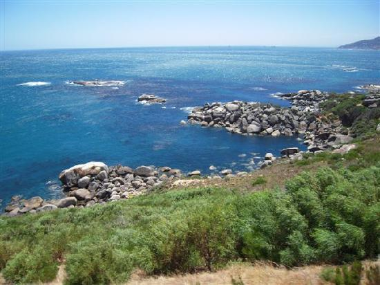 Cape Town Central, South Africa: La costa e Bantry Bay