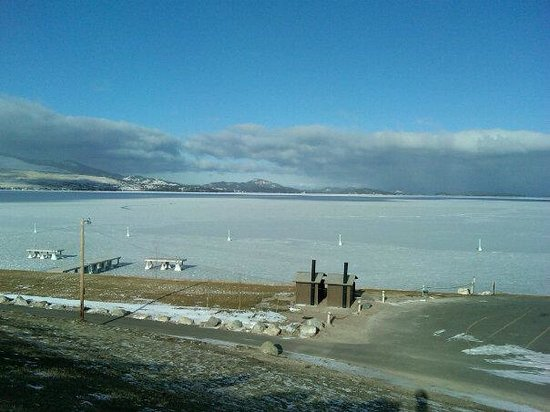 Polson, MT: Chilly Flathead Lake