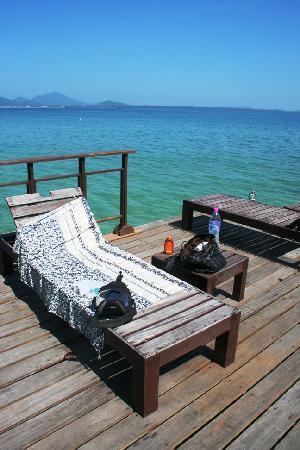 Baan Puu Paan: pier (breakfast b4 the beach)