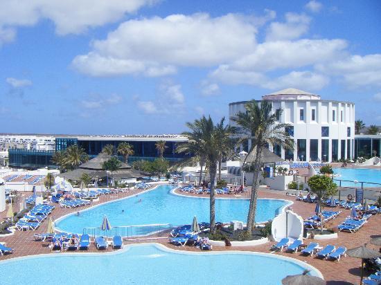 Sandos Papagayo Beach Resort: view from room wow