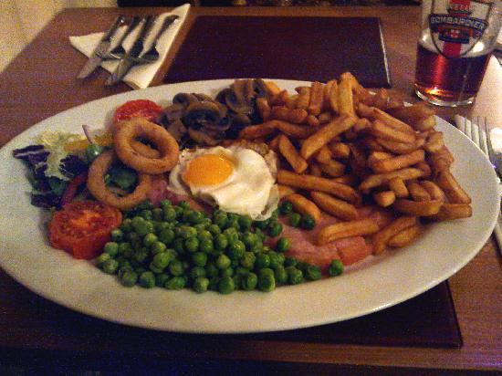 The Old Parsonage: Farrington Inn's Gammon Steak Meal
