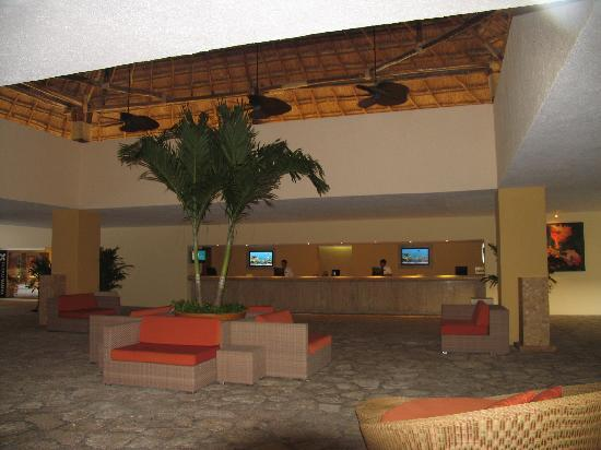 Presidente Inter-Continental Cozumel Resort & Spa: lobby