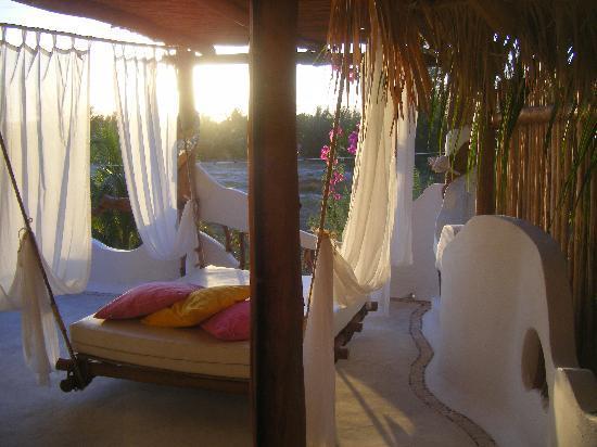 Holbox Hotel Casa las Tortugas - Petit Beach Hotel & Spa: Great room and balcony