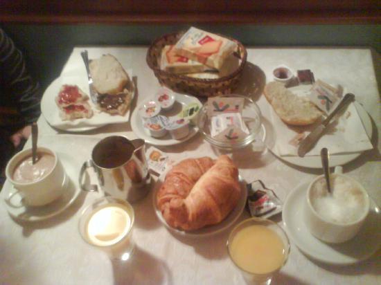 Hotel Iris: La colazione! la parte migliore