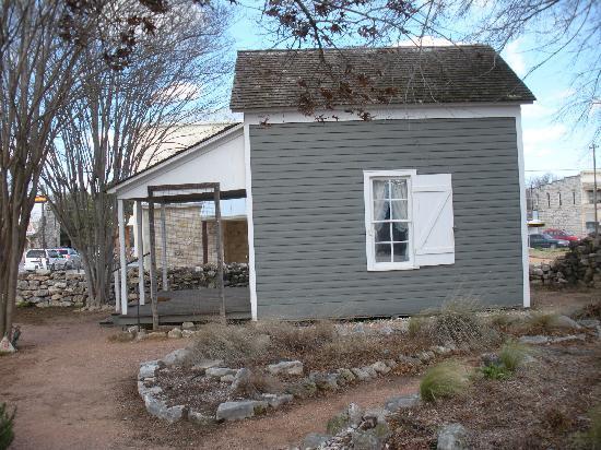 Pioneer Museum Complex: sunday house