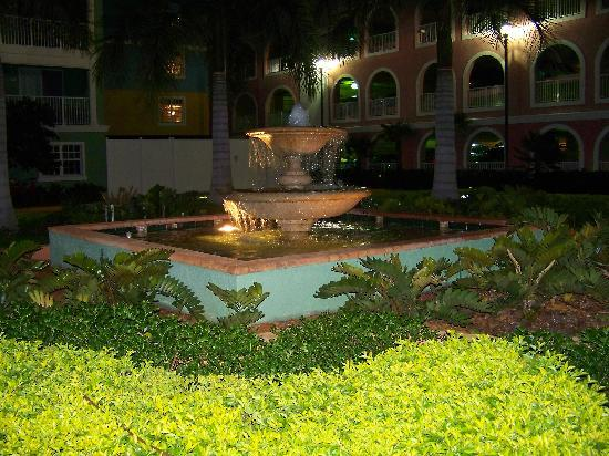 Mizner Place at Weston Town Center: the town