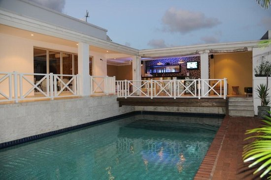 The Heron Guesthouse: Our poolside Bar
