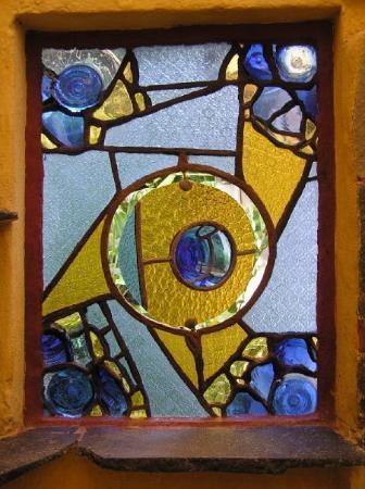 Lush Atitlan/Hotel Aaculaax: more glasswork