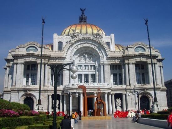 Palacio de Bellas Artes: FELLAS ARTES, DF JEJEJE