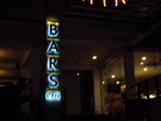 Bars Cafe: Delicious Cheese Cakes