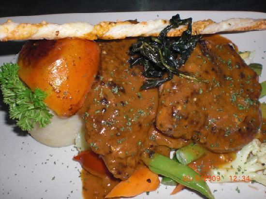 Bars Cafe: Grilled chicken with pepper sauce