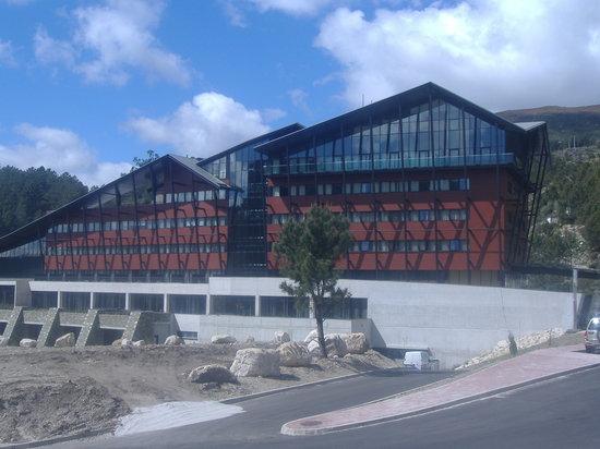 H2otel: Exterior Hotel