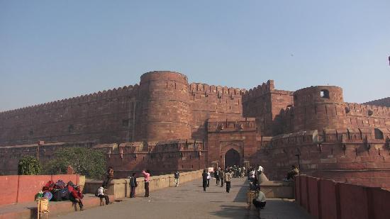 Siris 18: Agra Fort