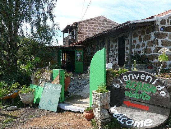 Vilaflor, إسبانيا: The entrance to El Refugio