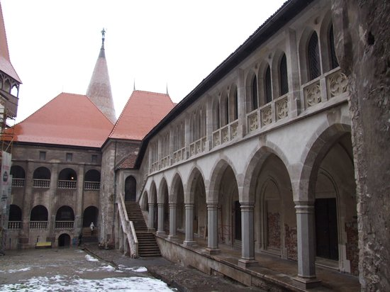 Hunedoara, โรมาเนีย: Castle 3