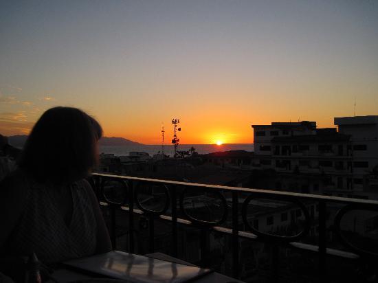 Barcelona Tapas: sunset view