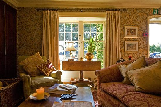 Austwick, UK : The Traddock's front lounge