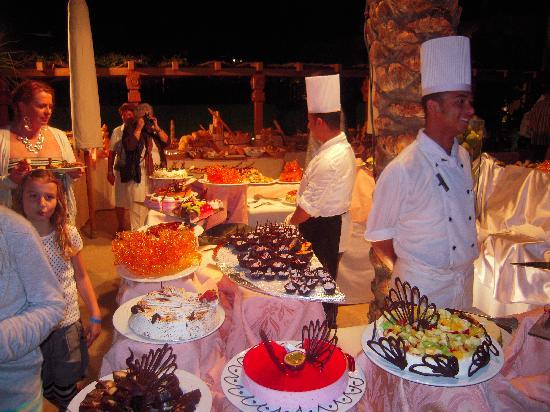 Ghazala Gardens Hotel: The Buffet